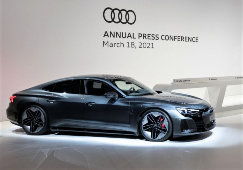 title image of Audi stops development of new combustion engines!